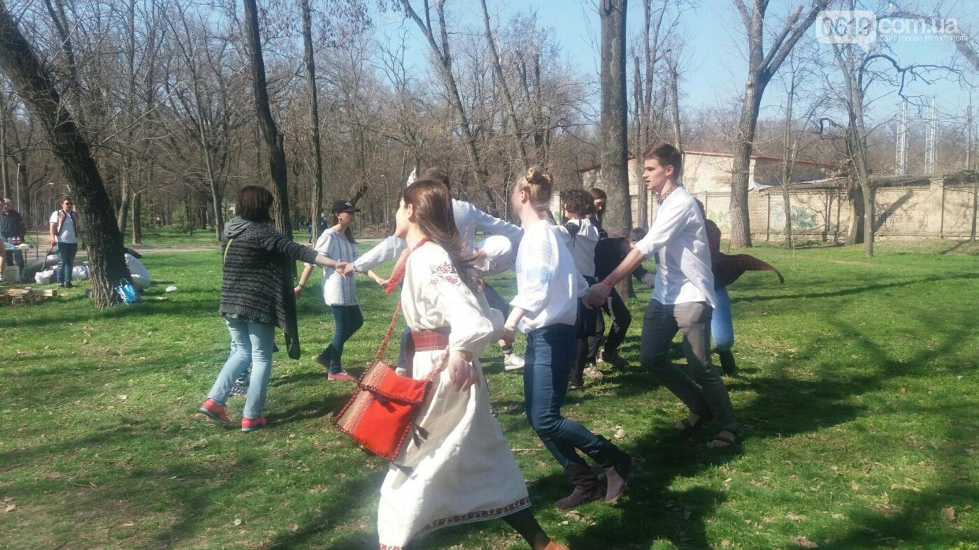Празднование Пасхи в мелитопольском парке: народные забавы и ярмарка, - ФОТО , фото-8, Фото сайта 0619