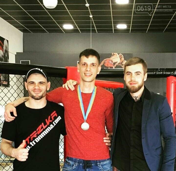 Мелитопольские борцы смешанных единоборств показали мастерство на Чемпионате города, фото-2