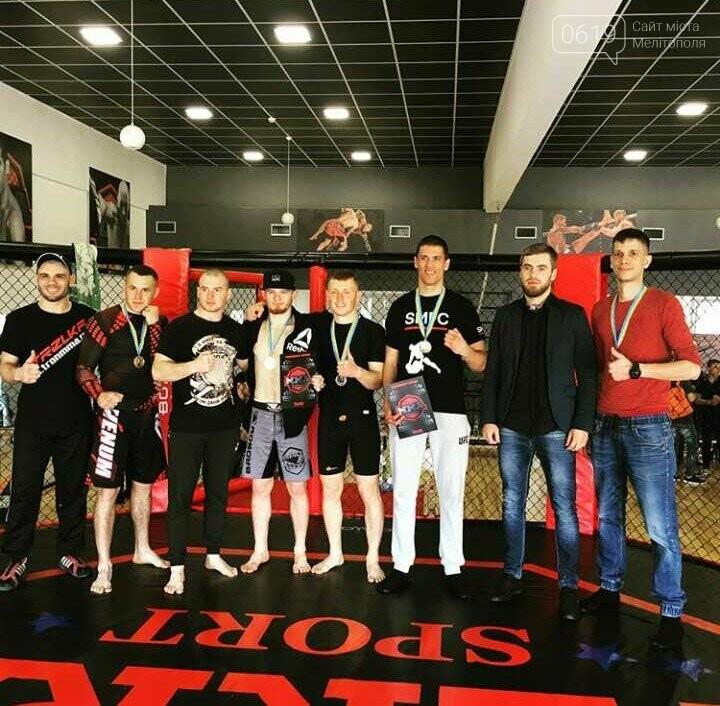 Мелитопольские борцы смешанных единоборств показали мастерство на Чемпионате города, фото-3