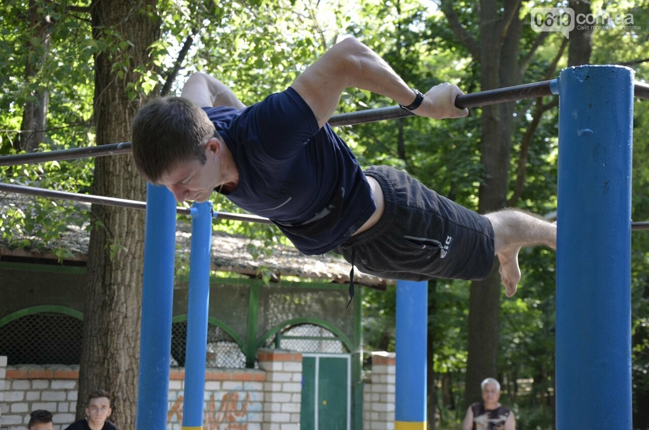 Мелитопольские воркаутеры открыли соревновательный сезон , фото-2, Фото Богдана Солонюка
