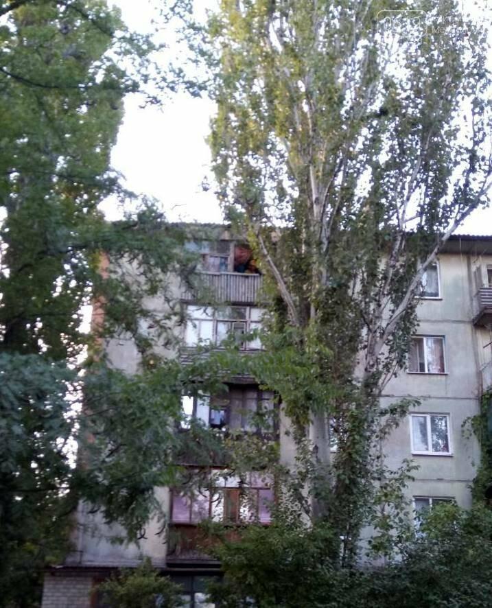 В Мелитополе горела квартира, фото-4, Фото сайта 0619