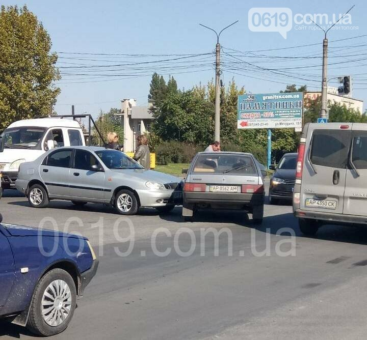 В Мелитополе на перекрестке с неработающими светофорами произошло ДТП, - ФОТО, фото-3