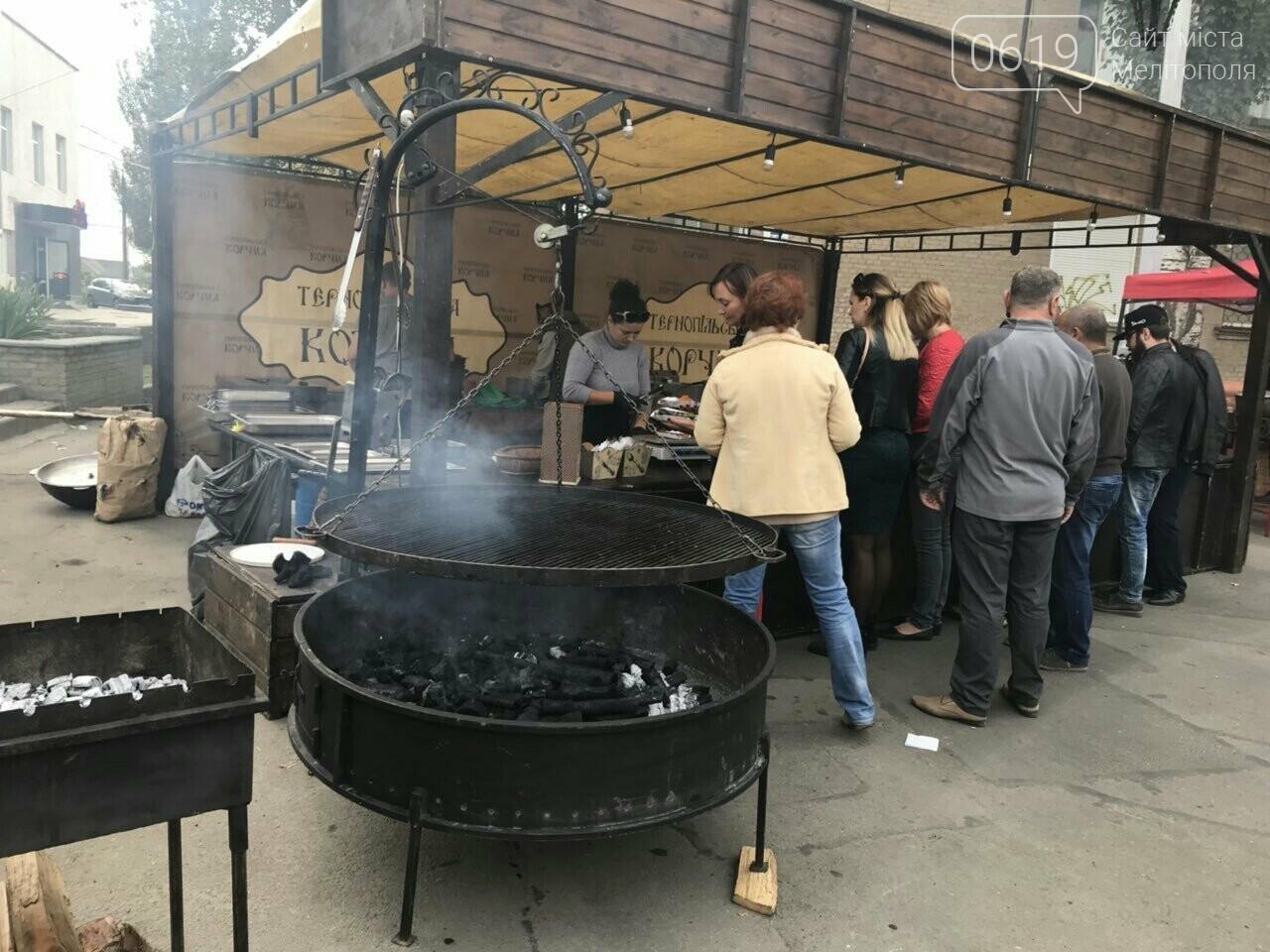 Вкусные блюда, яркие костюмы, выставки-ярмарки: в Мелитополе проходит фестиваль национальных культур, фото-21