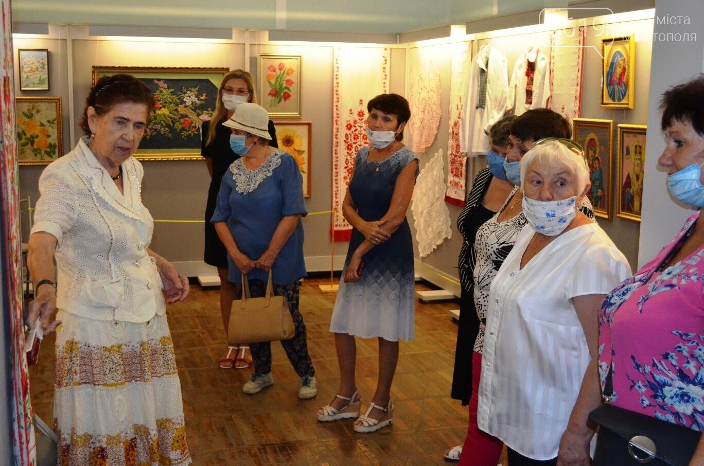 В Мелитопольском краеведческом музее проходит захватывающая выставка, фото-6