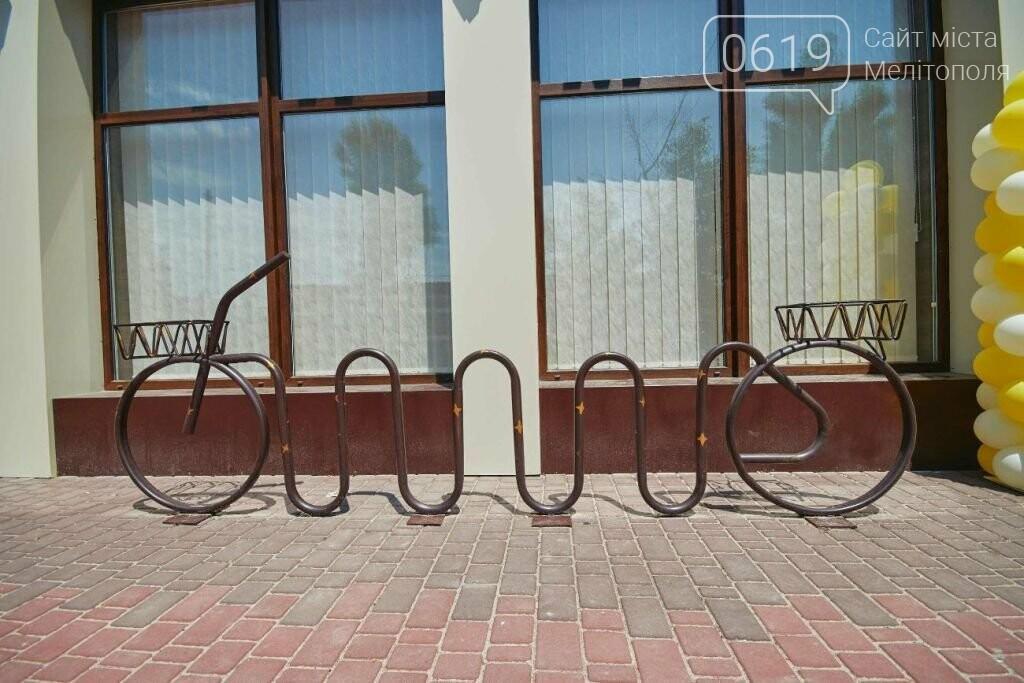 Новые современные велопарковки в Бердянске, фото-7