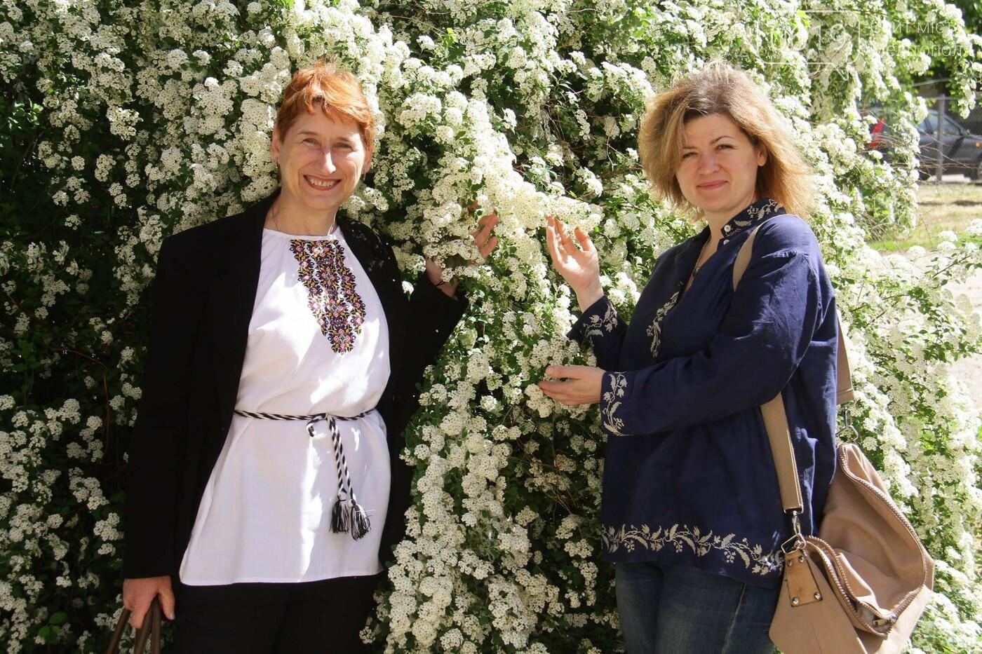 Юлия Ольховская с коллегой Ириной Левченко