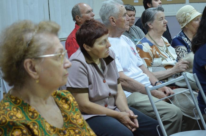 В музее провели встречу «Улицы Мелитополя с христианскими названиями», фото-3