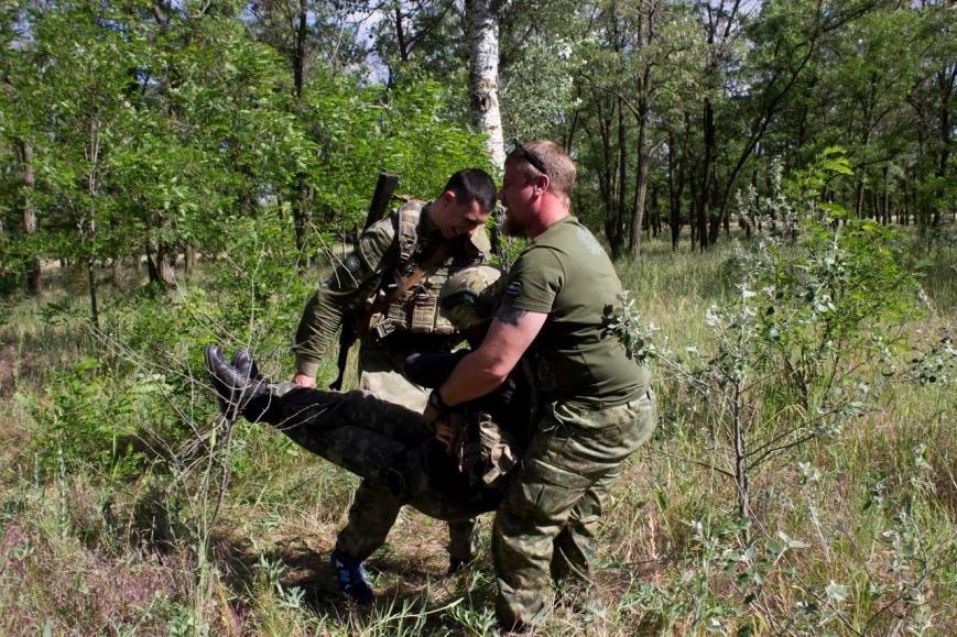Активисты узнали о тяжести тренировок в боевой экипировке, фото-8