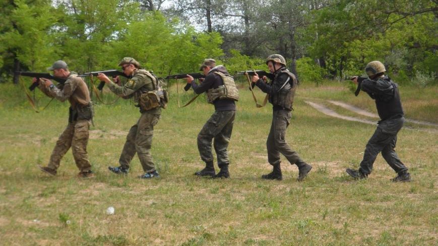 Активисты узнали о тяжести тренировок в боевой экипировке, фото-4