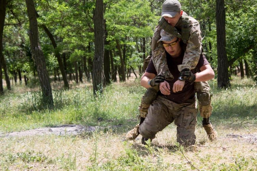 Активисты узнали о тяжести тренировок в боевой экипировке, фото-7