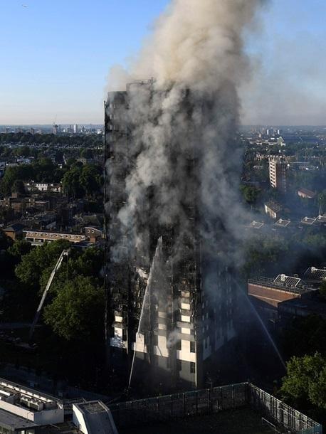 Пожар в Лондоне: пострадали 30 человек , фото-8, Фото Корреспондент.net