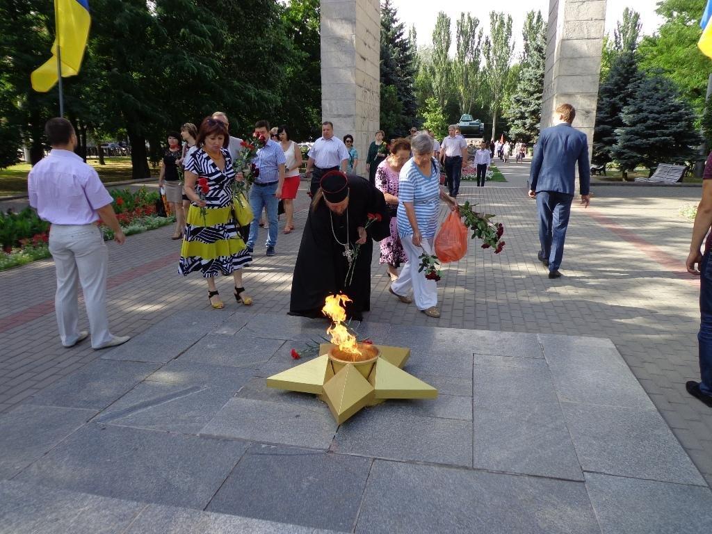 Благочинный принял участие в официальном мероприятии Дня памяти и скорби, фото-3