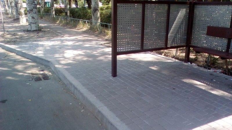 Мелитопольцы не довольны новой остановкой, фото-3, Фото из соцсетей
