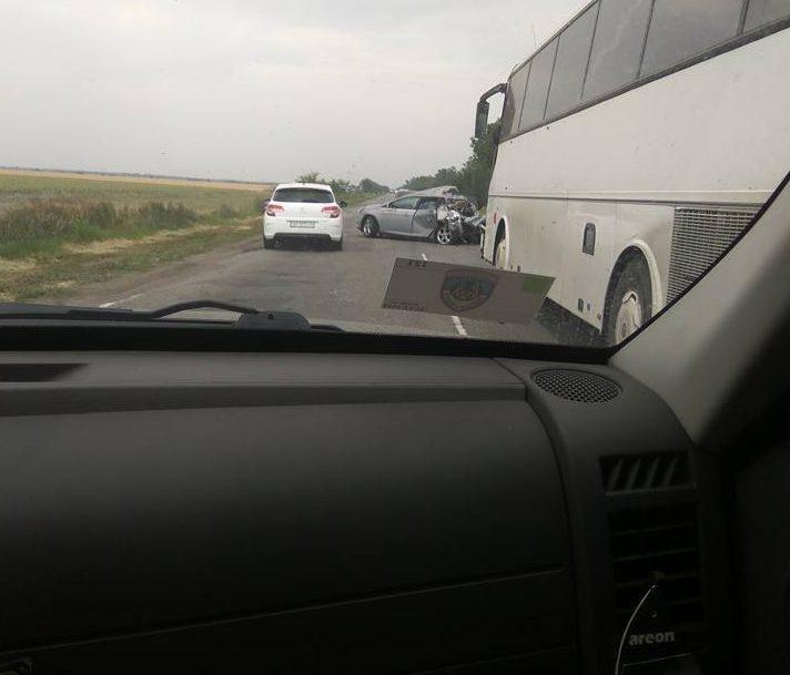 В ДТП на трассе пострадали люди, фото-1