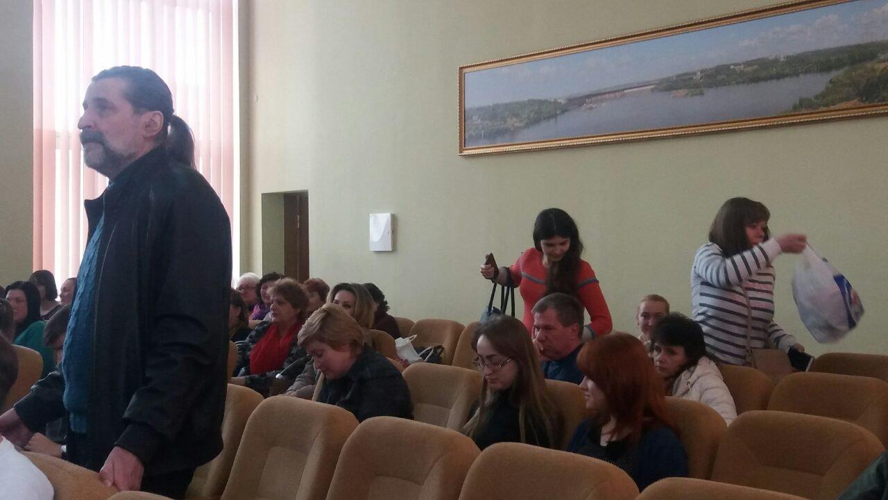 Подорожание проезда в Мелитополе: на общественные слушания пришло около сотни горожан, фото-4