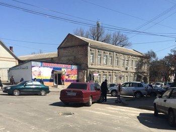 Очередной мелитопольский автохам оставил машину прямо посреди дороги, фото-1