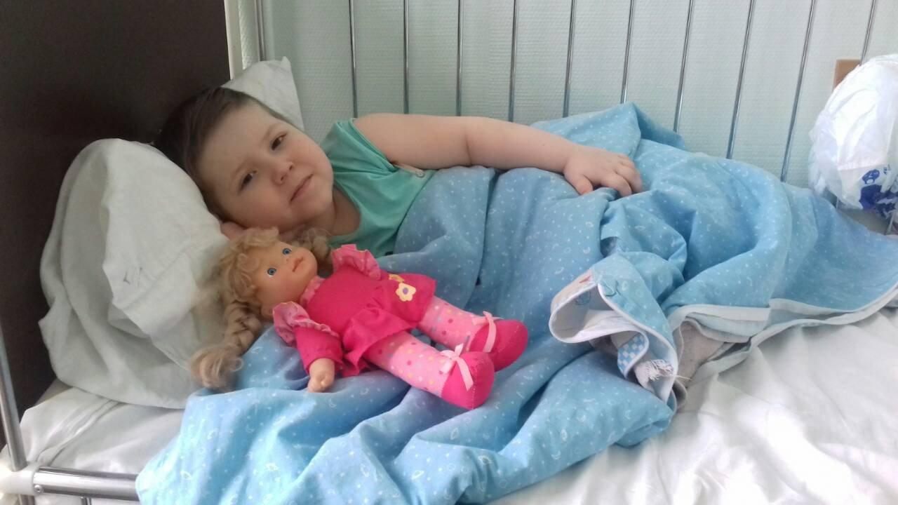 Мелитопольцы продолжают собирать помощь трехлетней Кире, больной лейкозом, фото-1