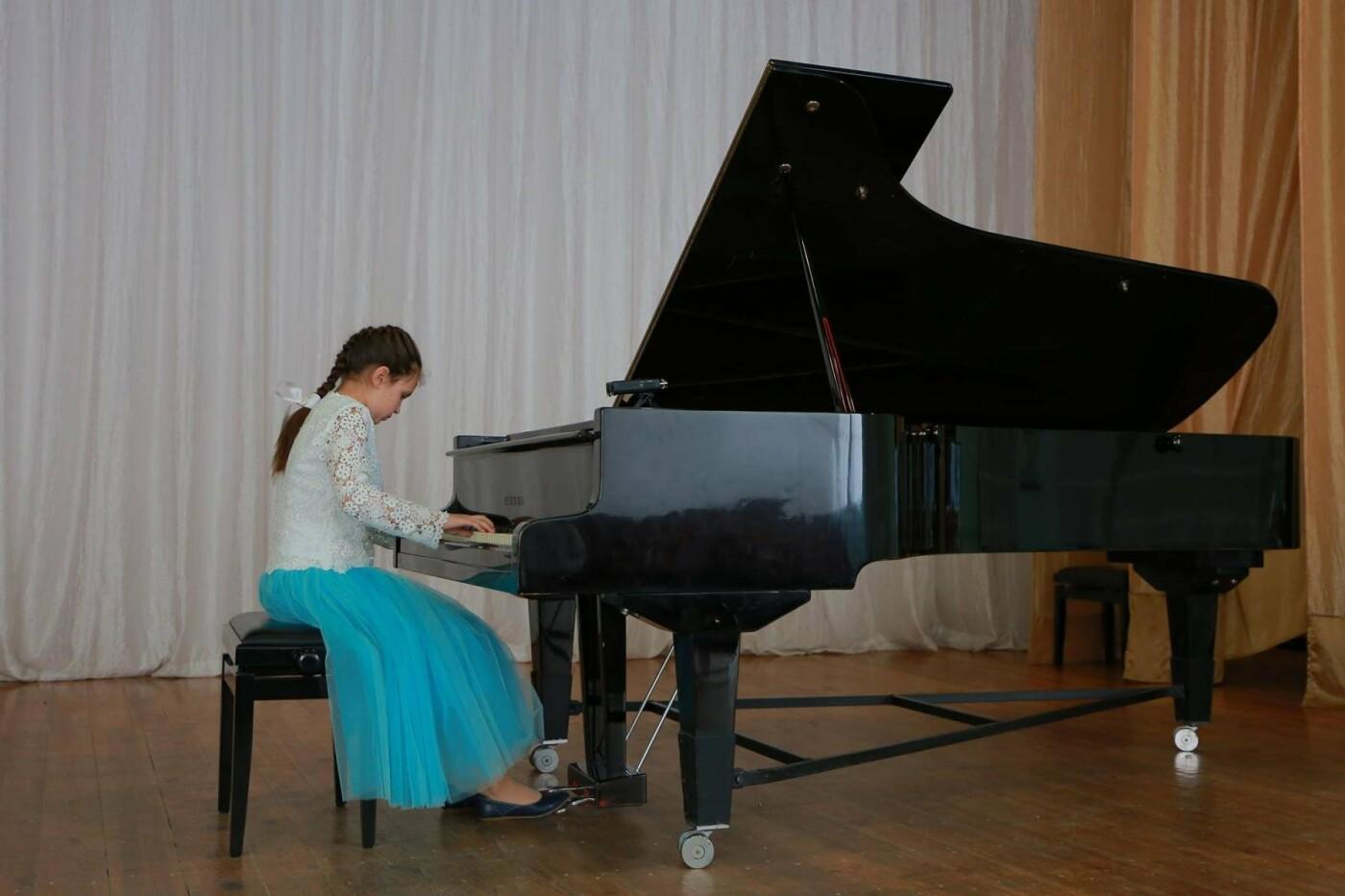 Мелитополец организовал концерт в память о матери , фото-4