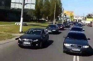 """В Мелитополе состоялся автопробег в поддержку владельцев авто с """"еврономерами"""", фото-1"""