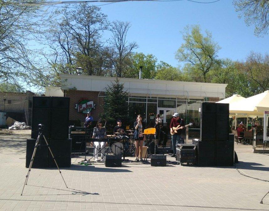 В Мелитополе прошел фестиваль в стиле арт-пикника LunchFest, фото-6