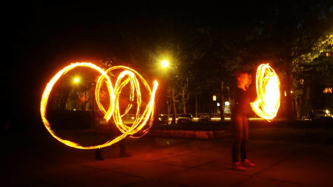 В Мелитополе устроили фаер-шоу, фото-2, Фото из открытого доступа