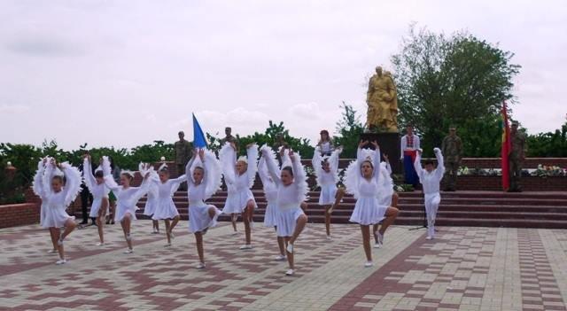 В Мелитопольском районе отдали дань уважения героям, фото-2