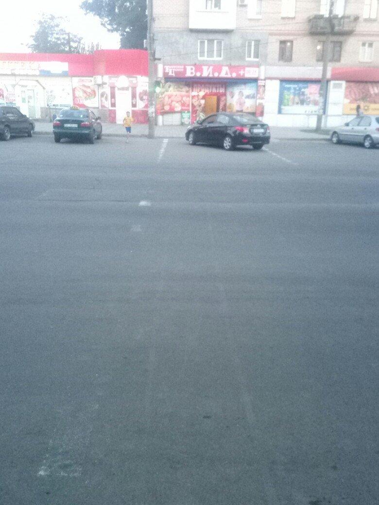 В Мелитополе на центральном проспекте был замечен очередной автохам, фото-2
