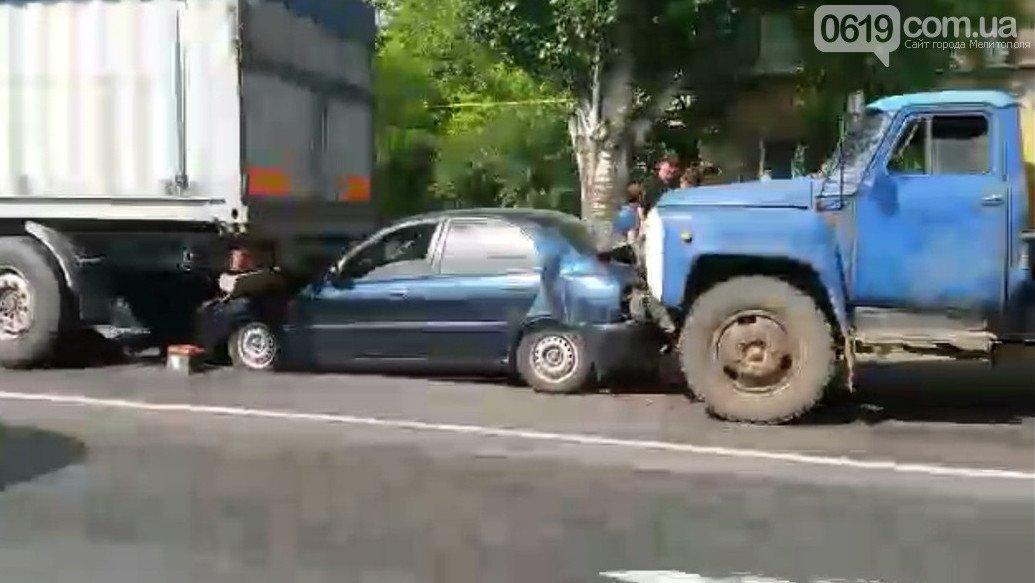 В полиции назвали виновника массового ДТП в Мелитополе, фото-1