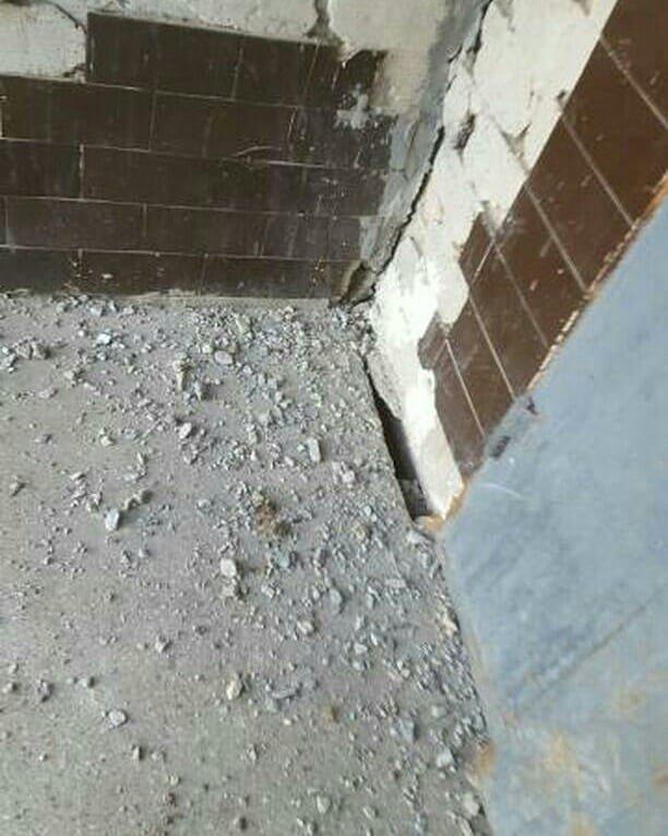 Мелитопольцы добиваются ремонта подъезда , фото-1