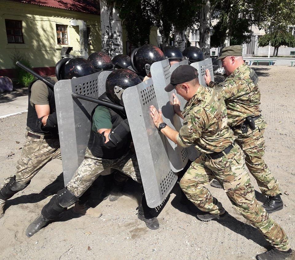 В мелитопольской колонии учились подавлять массовые беспорядки, фото-2