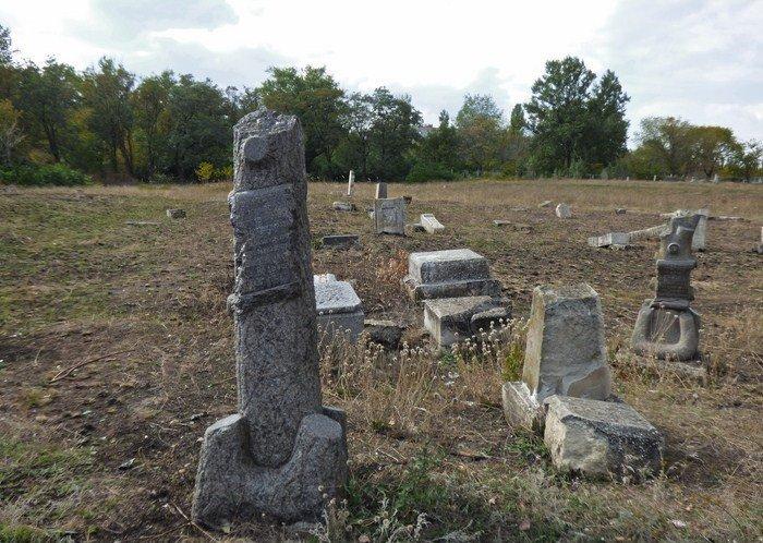 Уникальное кладбище сохранилось до наших дней, фото-1