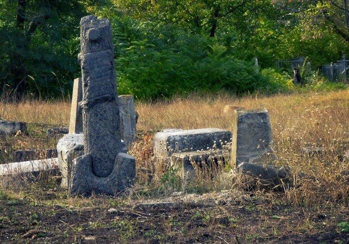 Уникальное кладбище сохранилось до наших дней, фото-12