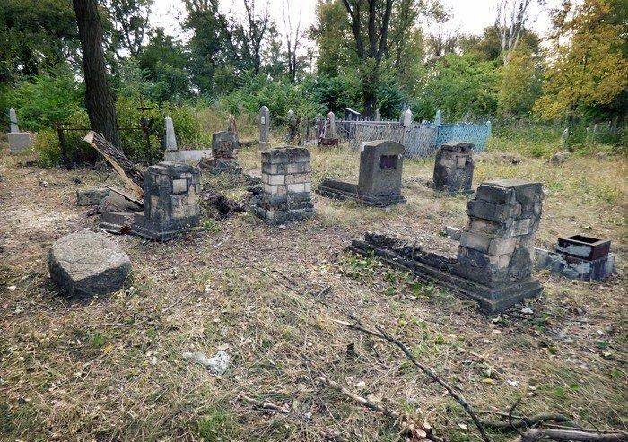 Уникальное кладбище сохранилось до наших дней, фото-14