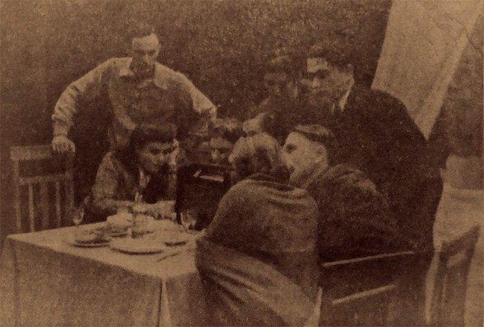 Спектакль «Молодая гвардия». Из архива О. Есипенко