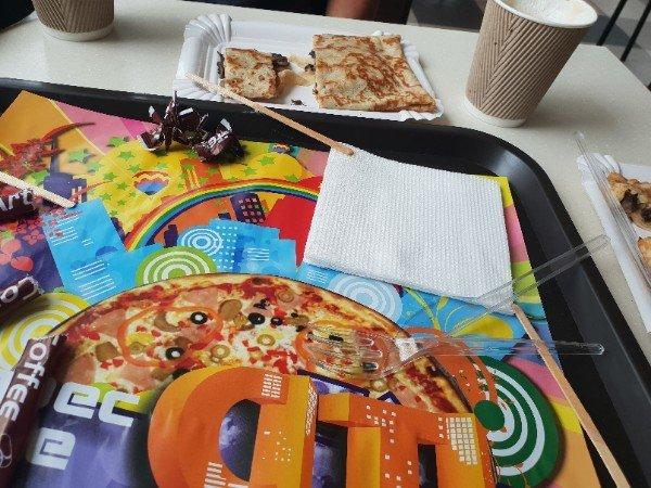 В мелитопольском кафе подают блины с отвратительной начинкой, фото-2