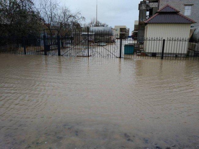 Из-за сильного шторма Кирилловку затопило, фото-3