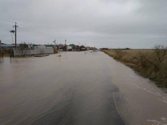 Из-за сильного шторма Кирилловку затопило, фото-1