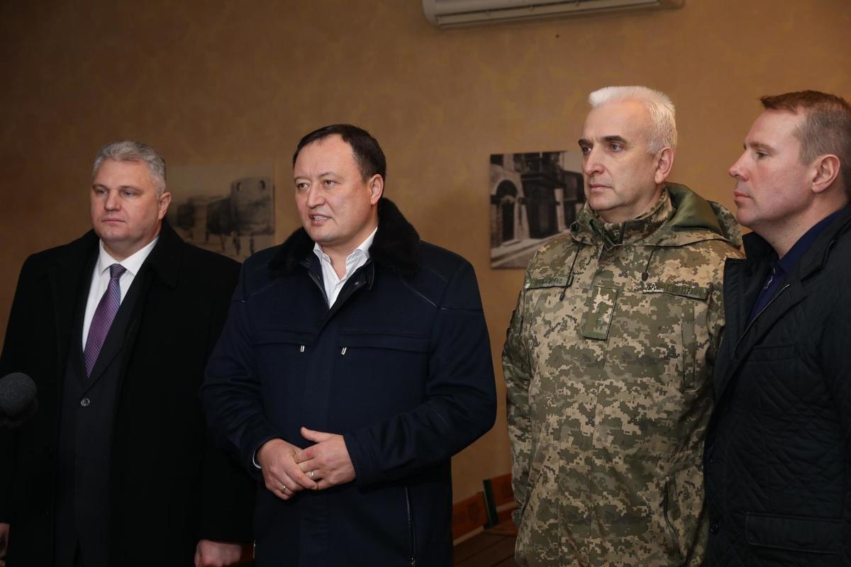 Губернатор области посетил батальон теробороны Мелитопольского района , фото-1