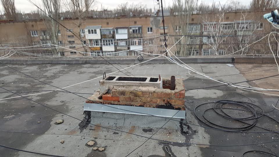 В Мелитополе жильцы многоэтажки жалуются на протекающую крышу, фото-3