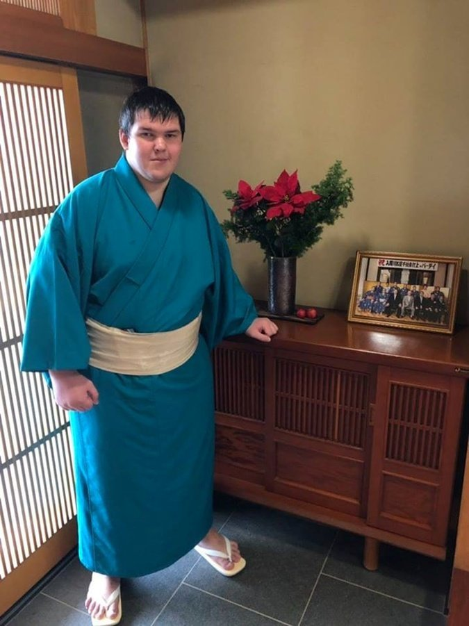 Мелитополец стал единственным украинцем за 70 лет, который попал в японский клуб сумо, фото-3, Личный архив Юлии Соколовской