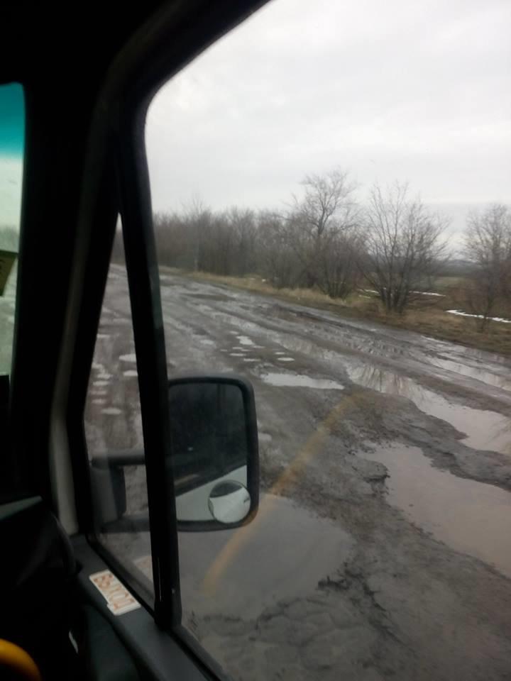 В сети показали состояние дороги между Мелитополем и Херсонской областью, фото-1