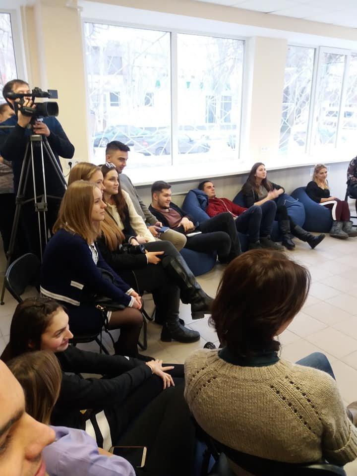 Мелитопольская молодежь пообщалась с мэром города , фото-2