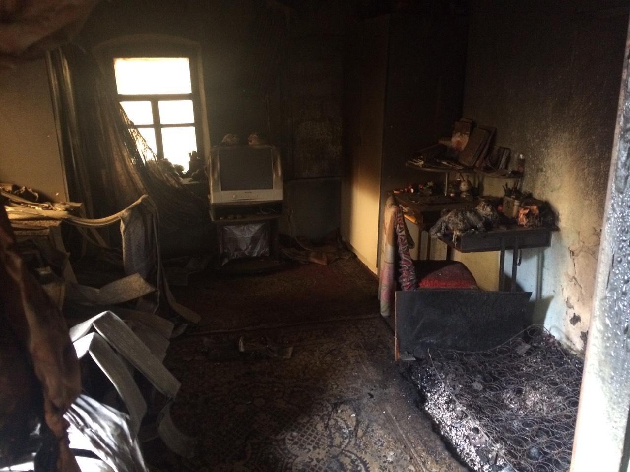 В Приазовском районе при пожаре сгорели люди , фото-1