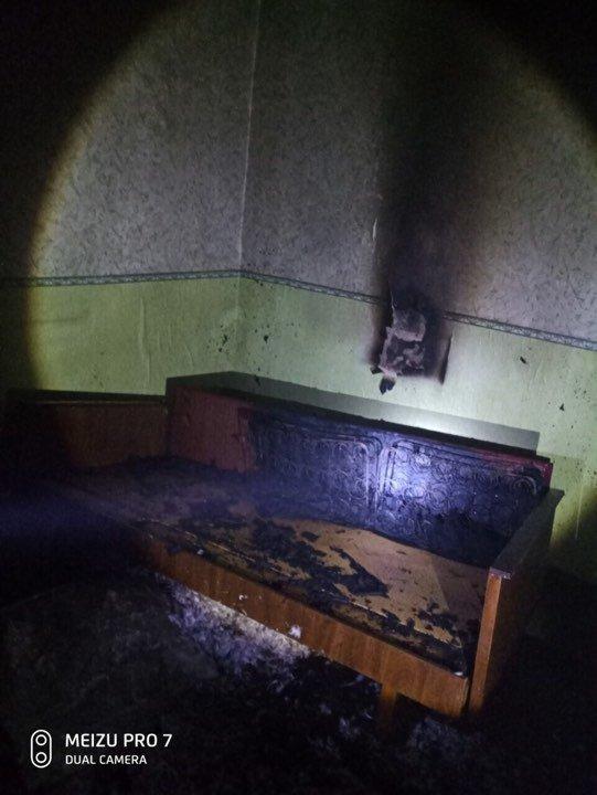 В Мелитополе ночью горела квартира, фото-1
