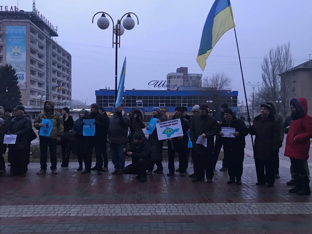 Мелитопольцы провели акцию против оккупации Крыма, фото-1