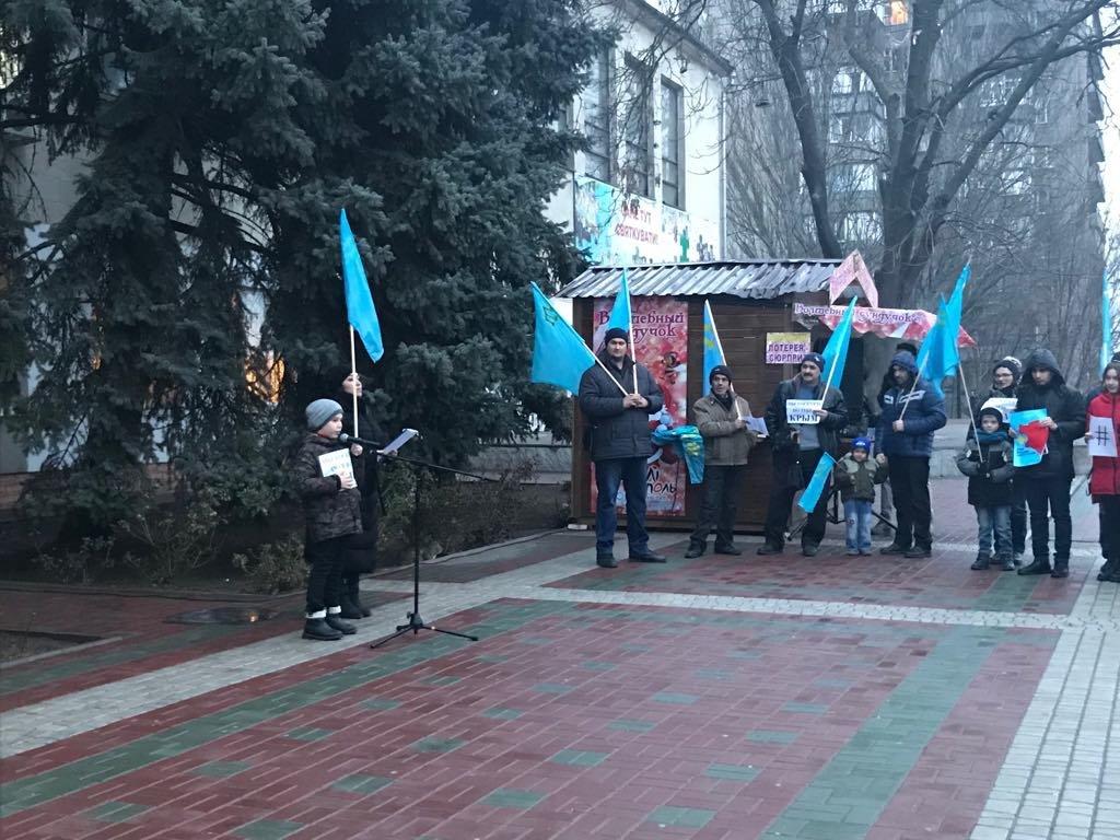 Мелитопольцы провели акцию против оккупации Крыма, фото-7