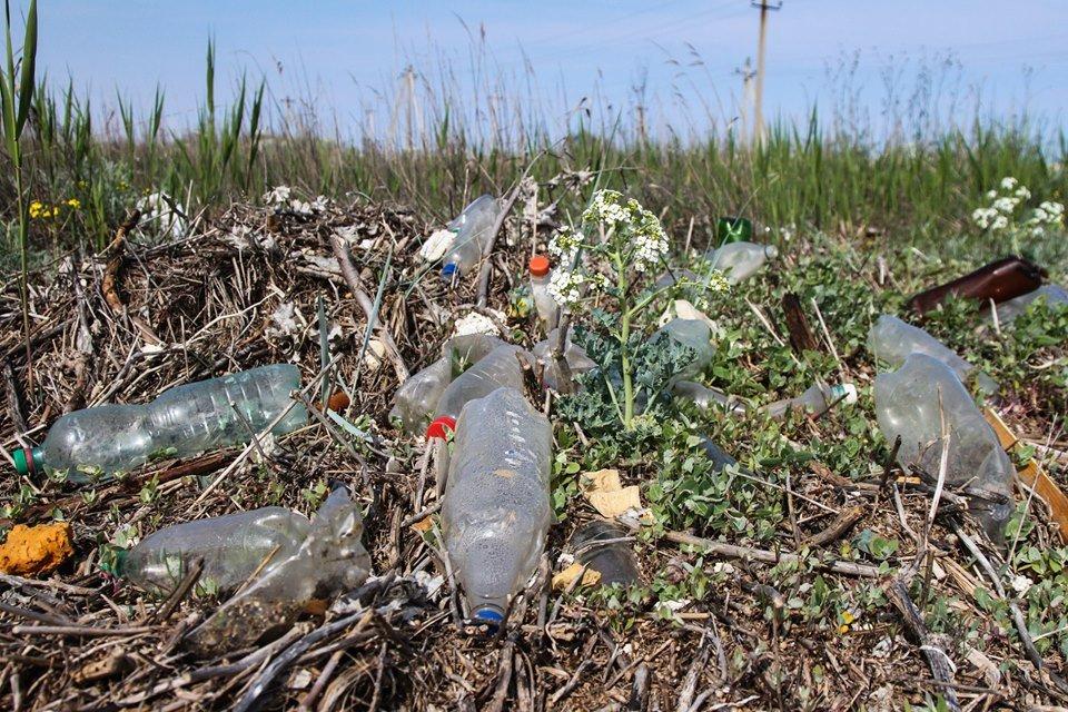 """С побережья Азовского моря убрали тонны мусора , фото-3, Фото со страницы общественной организации """"Эко-корпус"""""""