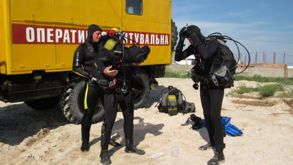 Спасатели очищают дно Азовского моря , фото-1