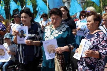 В Мелитополе прошел митинг ко Дню скорби и памяти жертв депортации крымскотатарского народа, фото-4, Фото сайта Мелитопольского городского совета