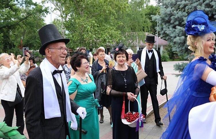 В мелитопольском парке состоялся Бал дворян , фото-3, Фото со страницы парка в Инстаграм